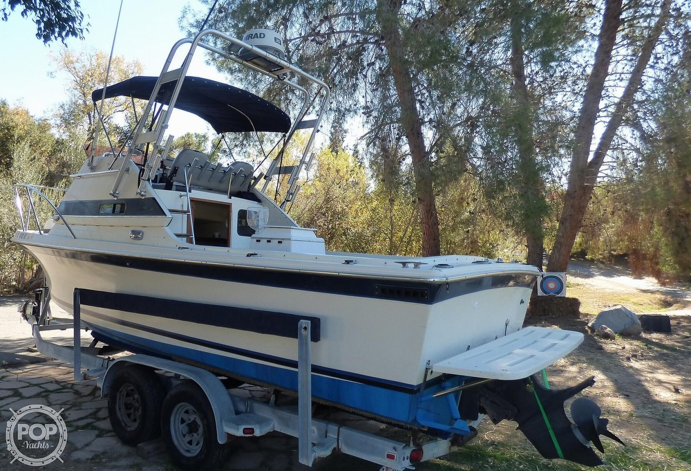 1989 Skipjack boat for sale, model of the boat is 24 Flybridge Sportfisher & Image # 2 of 40