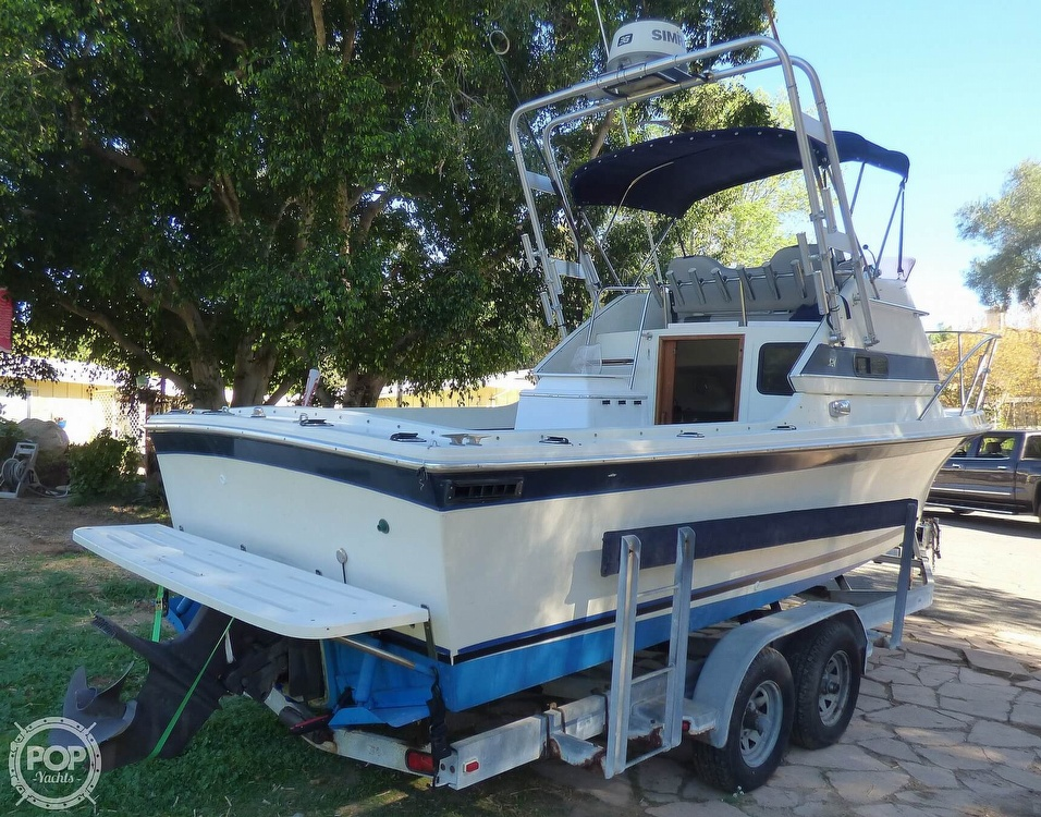 1989 Skipjack boat for sale, model of the boat is 24 Flybridge Sportfisher & Image # 11 of 40