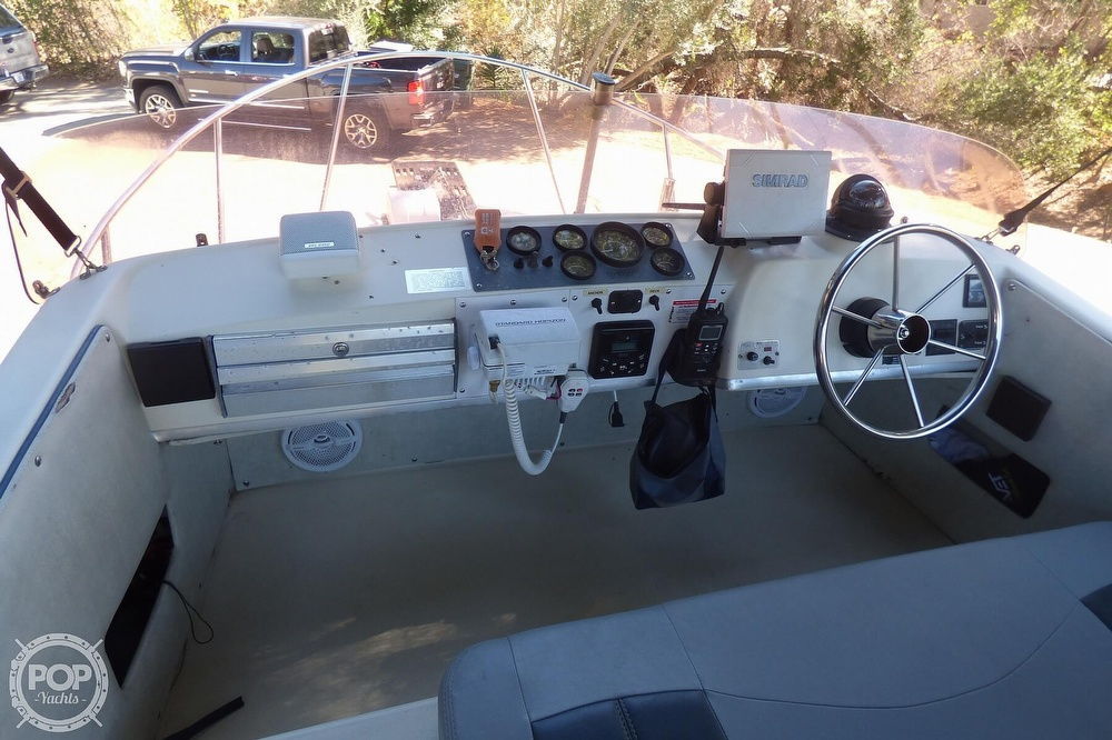 1989 Skipjack boat for sale, model of the boat is 24 Flybridge Sportfisher & Image # 3 of 40