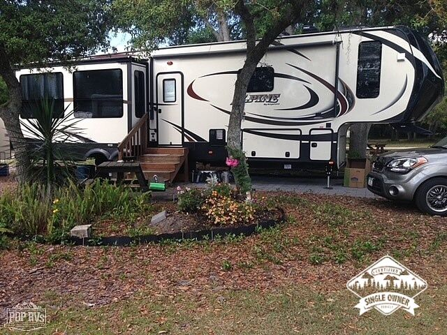 2016 Alpine 3730 FB