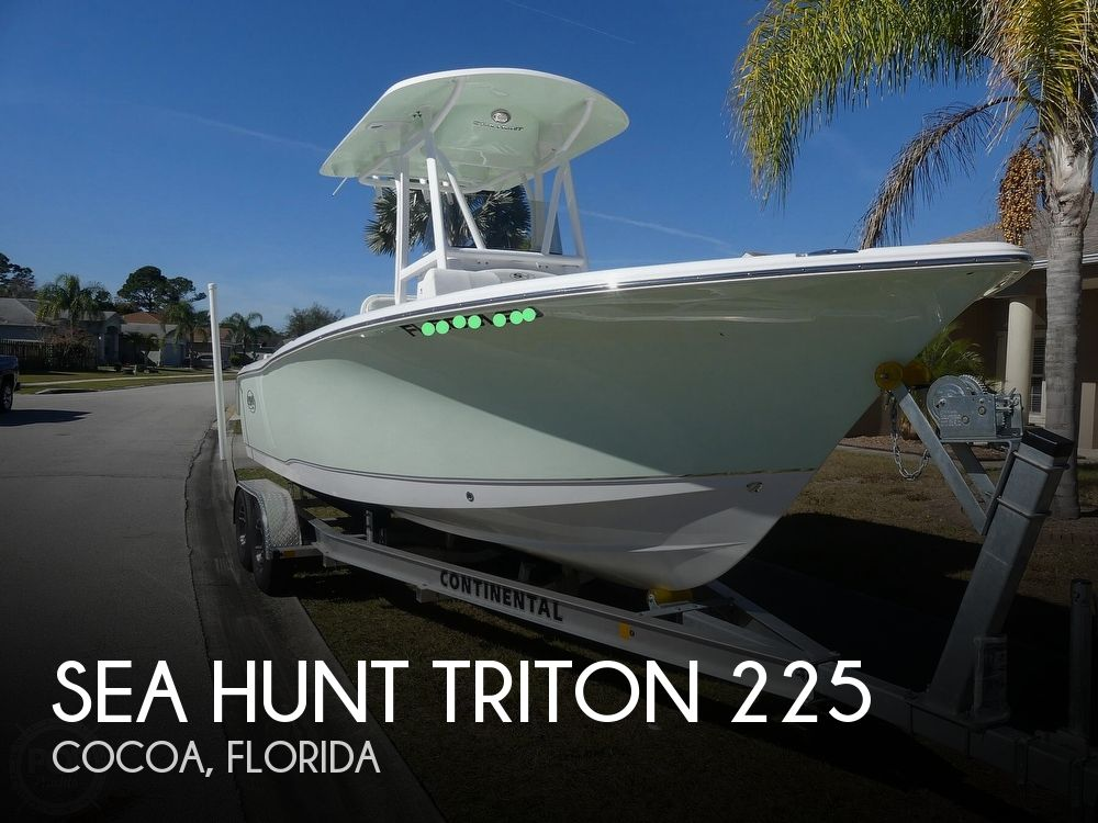2021 Sea Hunt boat for sale, model of the boat is Triton 225 & Image # 1 of 40