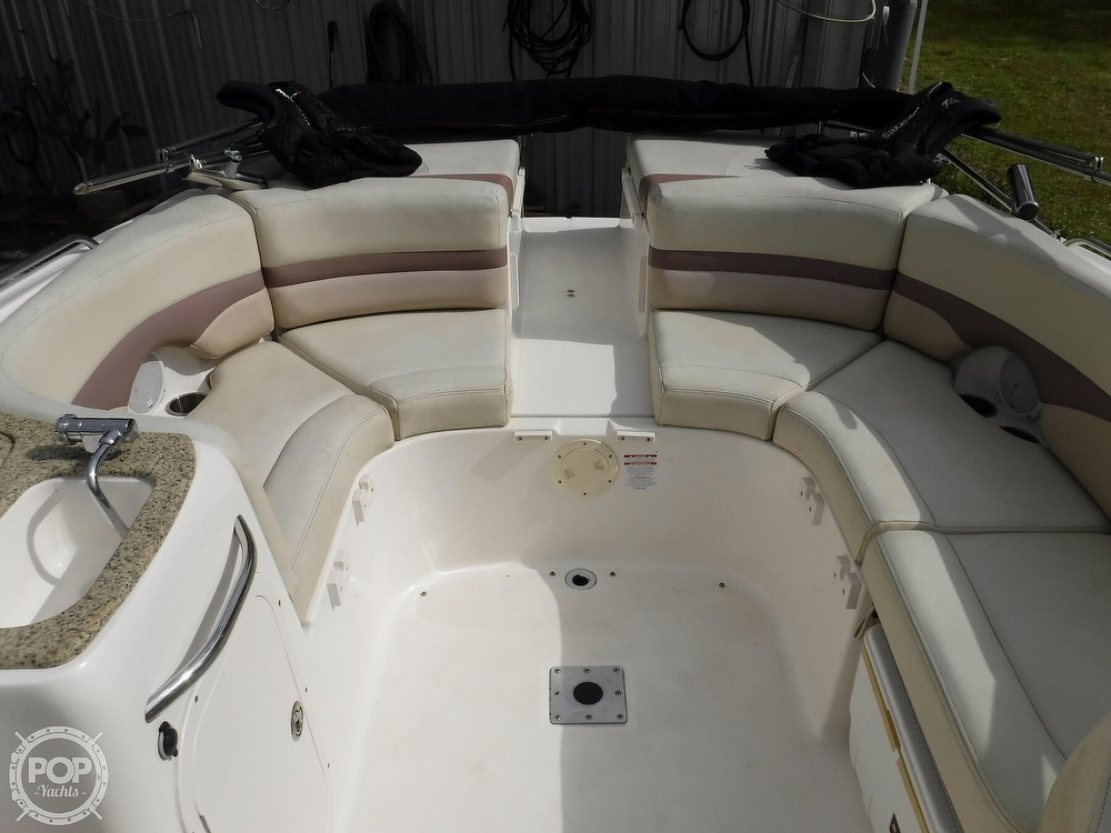 2005 Chaparral boat for sale, model of the boat is 256 SSi & Image # 5 of 40