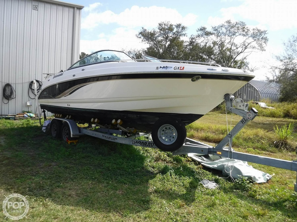 2005 Chaparral boat for sale, model of the boat is 256 SSi & Image # 2 of 40