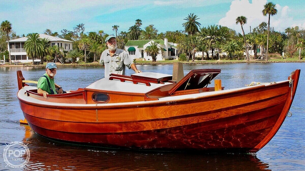 2017 Ougthred boat for sale, model of the boat is Wee Seal 20 & Image # 2 of 16