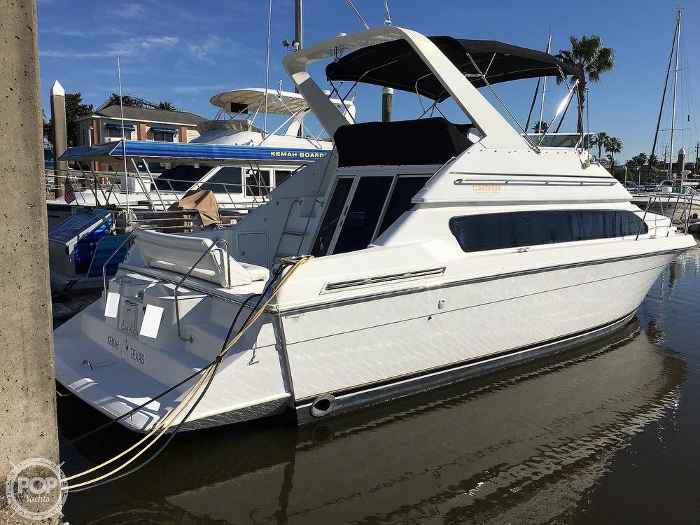 2000 Carver boat for sale, model of the boat is 380 Santego Flybridge Cruiser & Image # 3 of 40