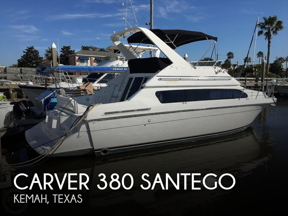 2000 Carver boat for sale, model of the boat is 380 Santego Flybridge Cruiser & Image # 1 of 40