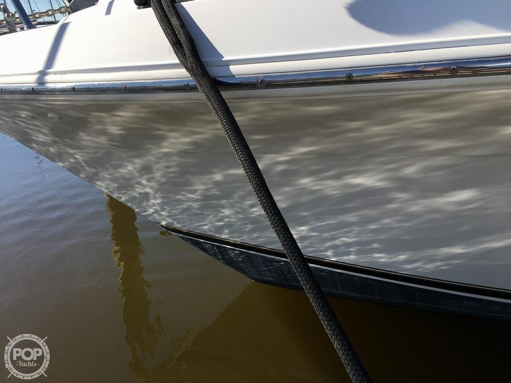 2000 Carver boat for sale, model of the boat is 380 Santego Flybridge Cruiser & Image # 38 of 40