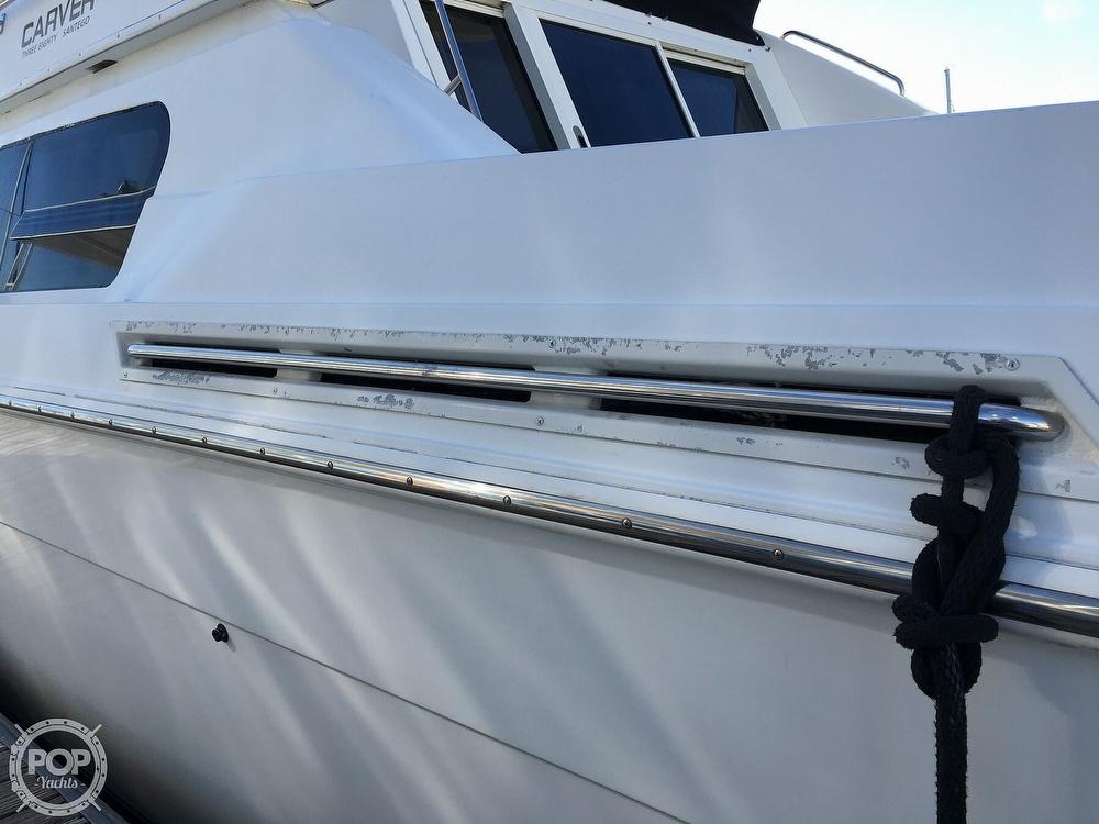 2000 Carver boat for sale, model of the boat is 380 Santego Flybridge Cruiser & Image # 28 of 40