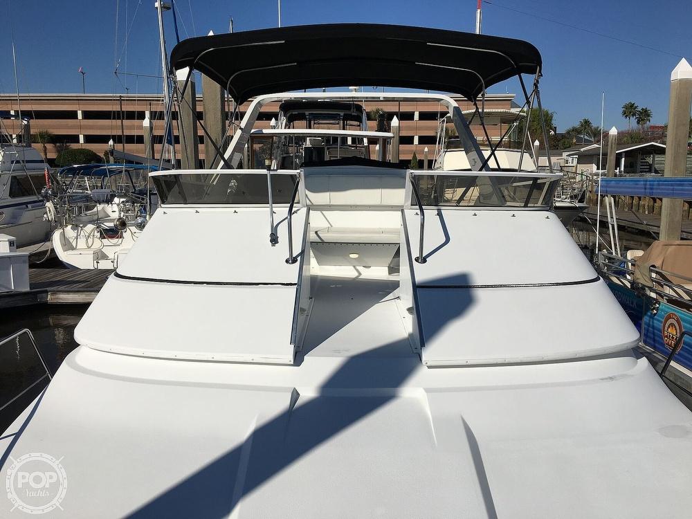 2000 Carver boat for sale, model of the boat is 380 Santego Flybridge Cruiser & Image # 7 of 40