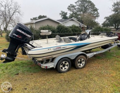 Triton TR21, 21, for sale - $22,750