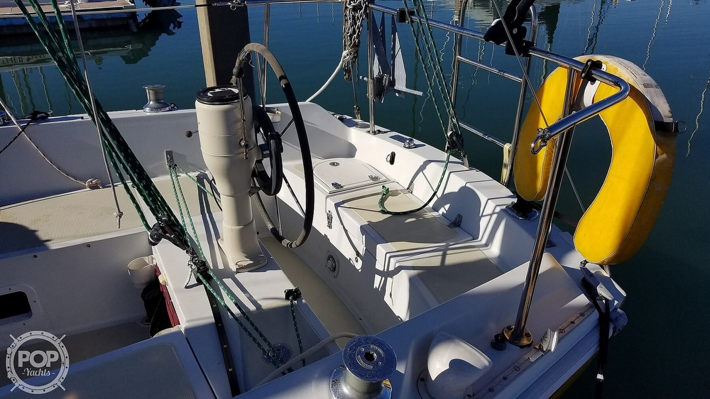 1976 Ericson Yachts boat for sale, model of the boat is 29 & Image # 13 of 40