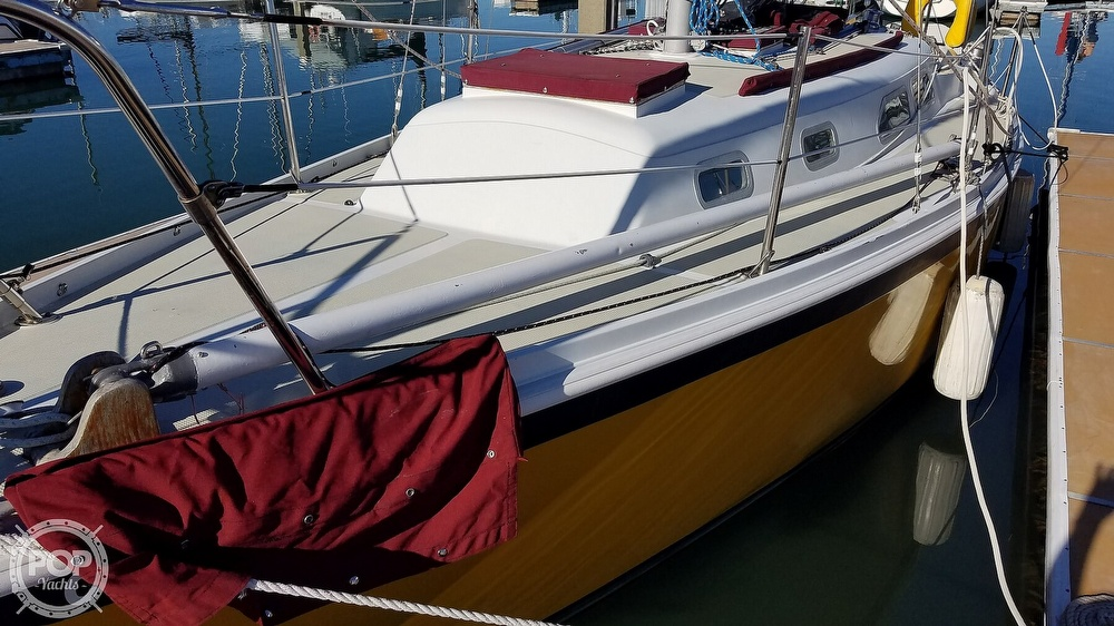 1976 Ericson Yachts boat for sale, model of the boat is 29 & Image # 18 of 40