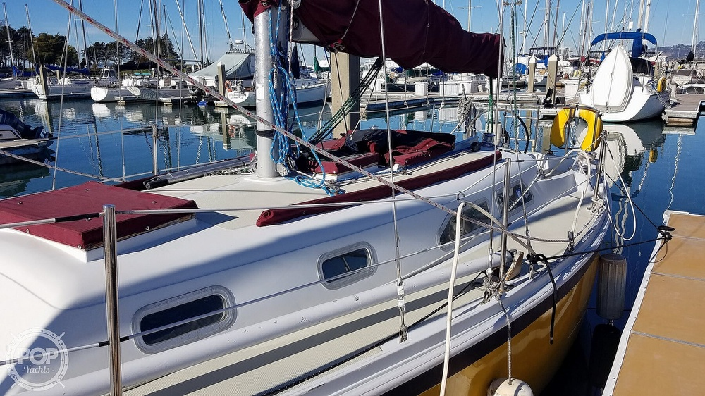 1976 Ericson Yachts boat for sale, model of the boat is 29 & Image # 20 of 40