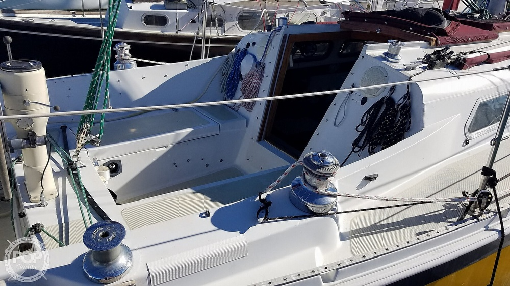 1976 Ericson Yachts boat for sale, model of the boat is 29 & Image # 27 of 40