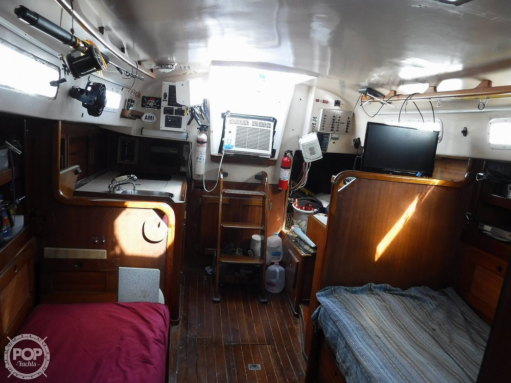 1976 Bristol boat for sale, model of the boat is 34 & Image # 11 of 40