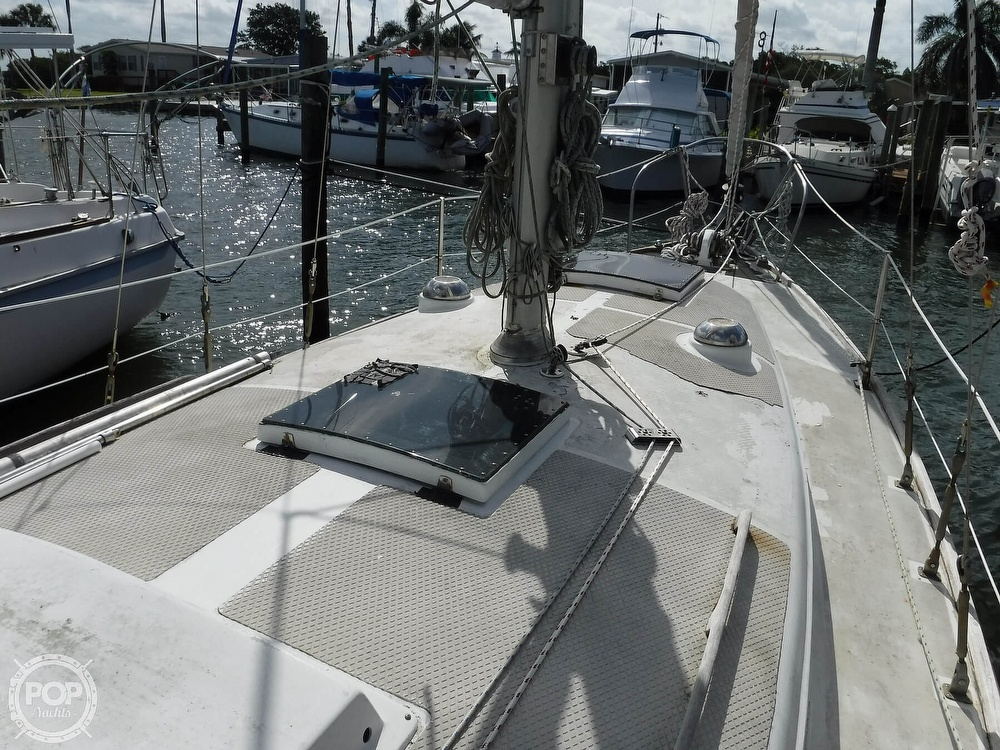 1976 Bristol boat for sale, model of the boat is 34 & Image # 13 of 40