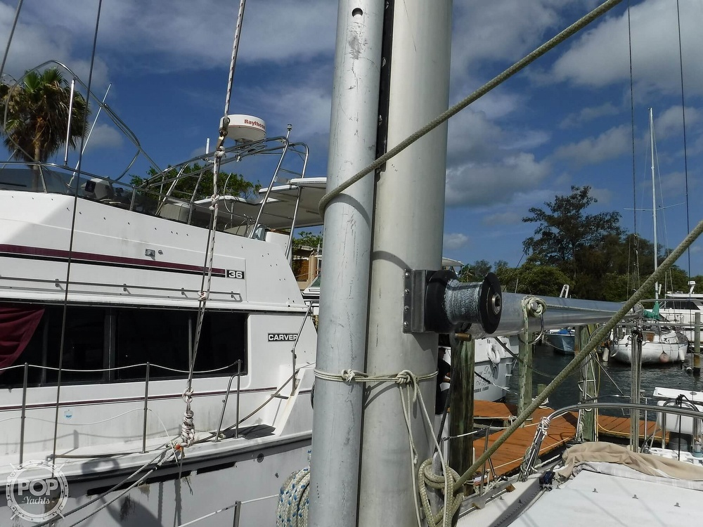1976 Bristol boat for sale, model of the boat is 34 & Image # 29 of 40