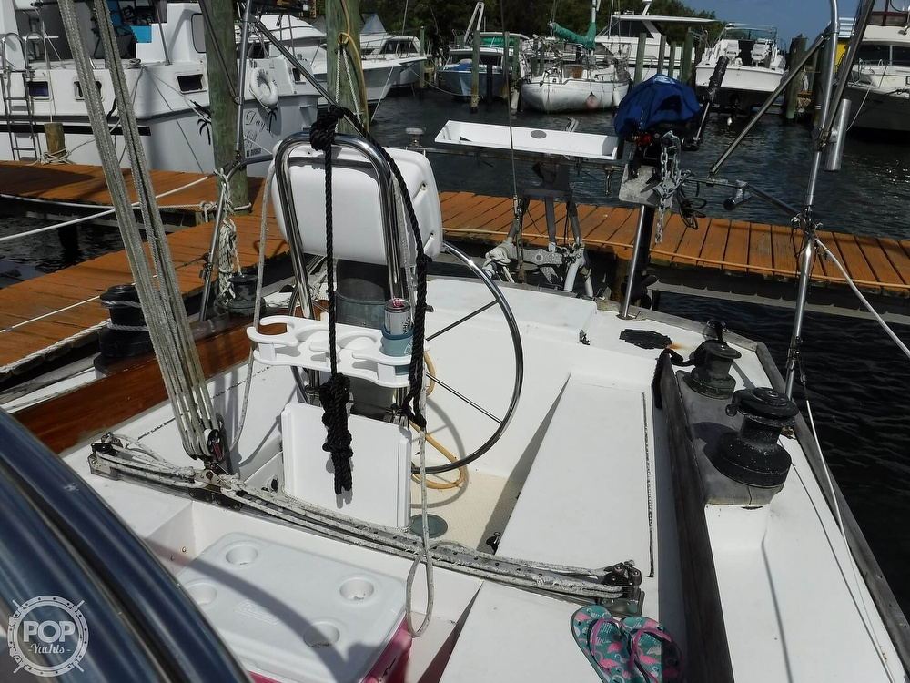 1976 Bristol boat for sale, model of the boat is 34 & Image # 36 of 40