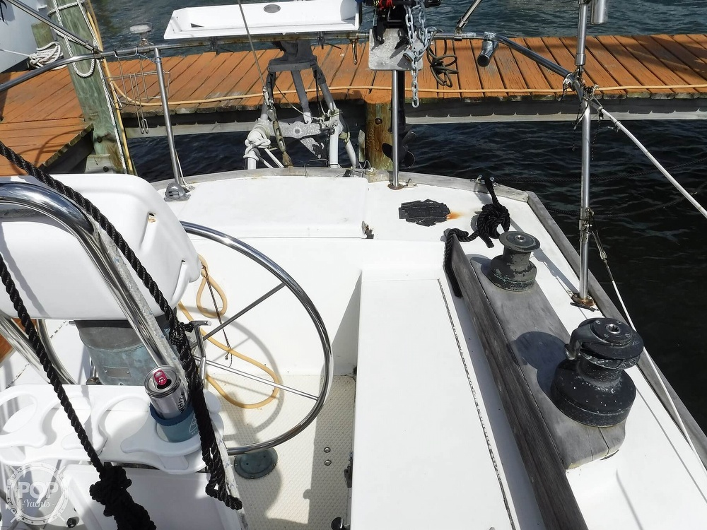 1976 Bristol boat for sale, model of the boat is 34 & Image # 37 of 40