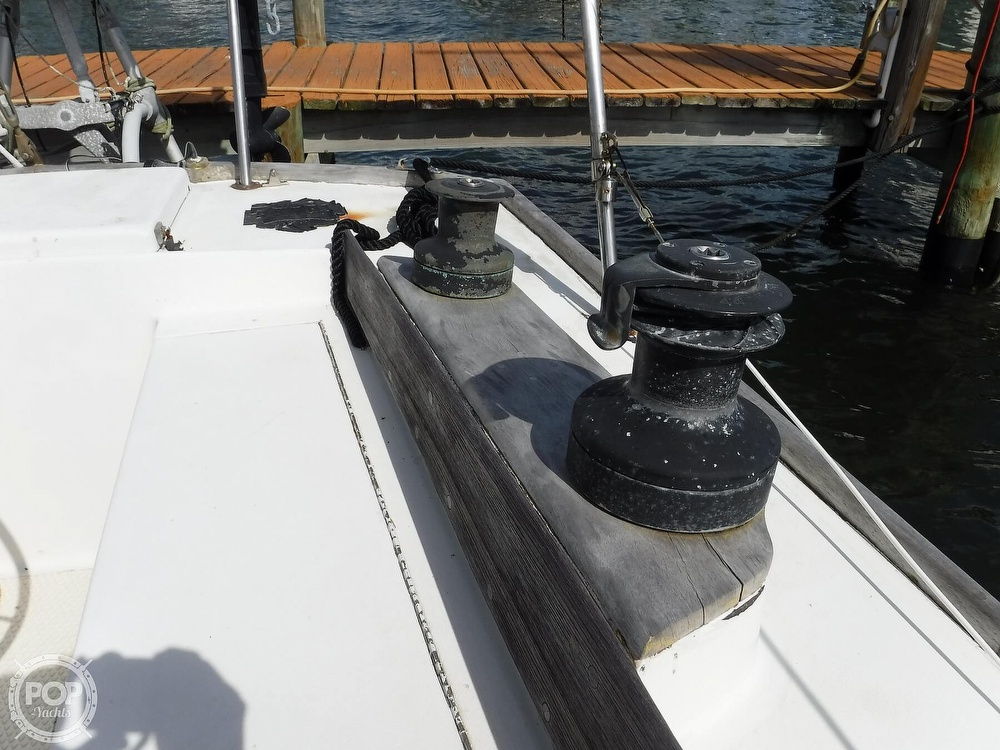 1976 Bristol boat for sale, model of the boat is 34 & Image # 39 of 40