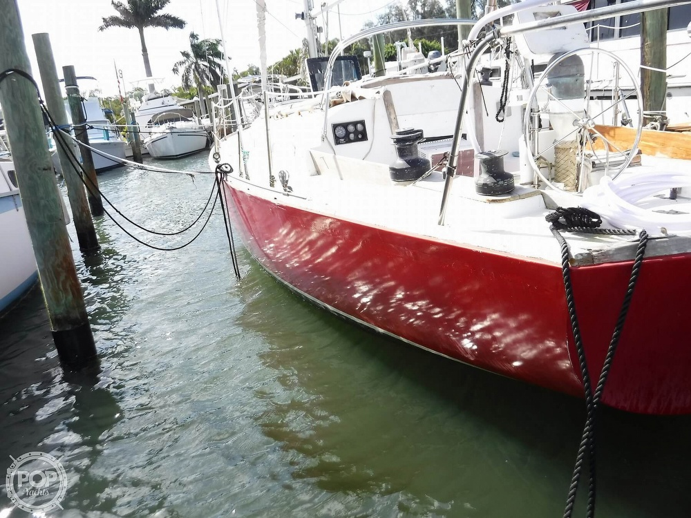 1976 Bristol boat for sale, model of the boat is 34 & Image # 6 of 40