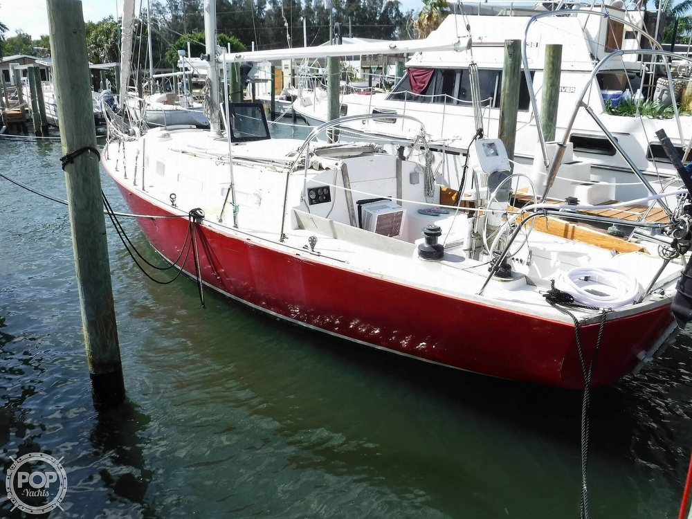 1976 Bristol boat for sale, model of the boat is 34 & Image # 4 of 40