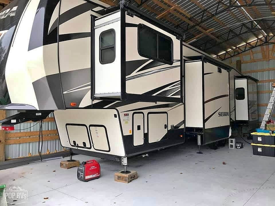 2019 Sierra 379FLOK - #$LI_INDEX