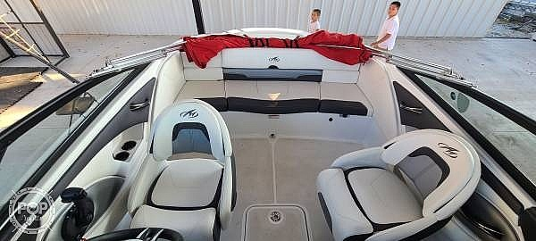 2018 Monterey boat for sale, model of the boat is 204FS & Image # 5 of 40