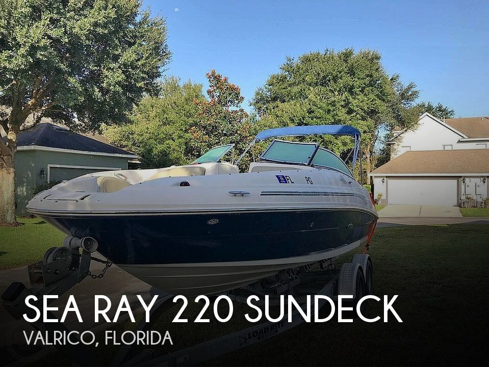 2006 Sea Ray boat for sale, model of the boat is 220 Sundeck & Image # 1 of 40