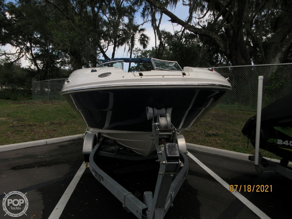 2006 Sea Ray boat for sale, model of the boat is 220 Sundeck & Image # 36 of 40