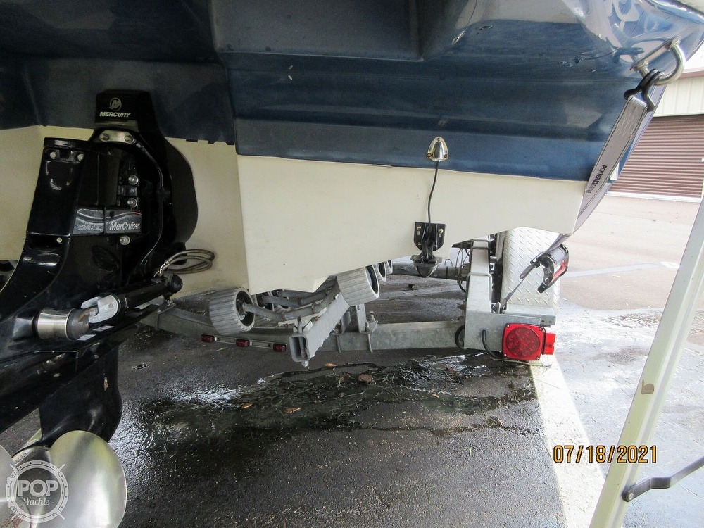 2006 Sea Ray boat for sale, model of the boat is 220 Sundeck & Image # 33 of 40