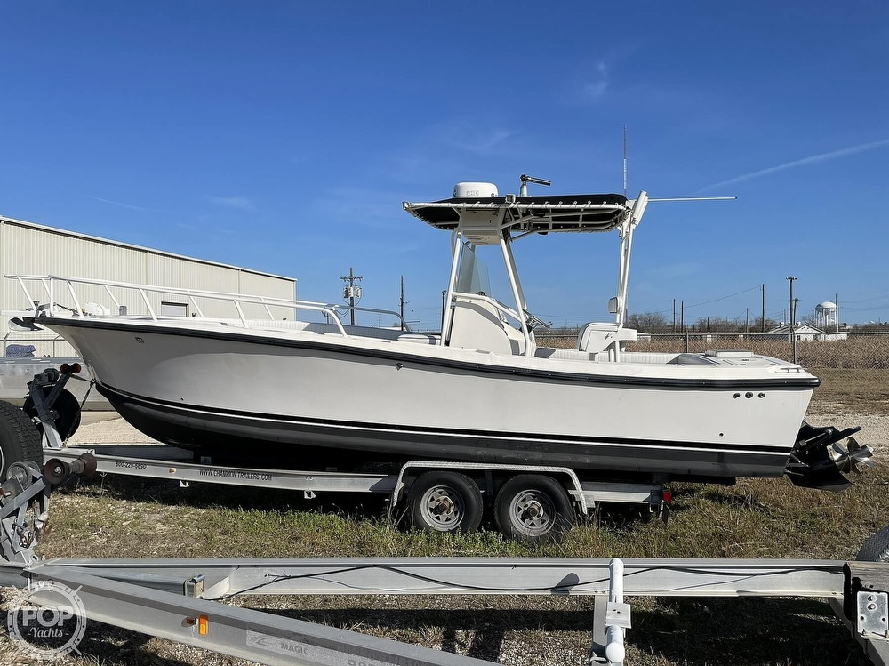 2003 Newton boat for sale, model of the boat is 28 CC & Image # 7 of 40