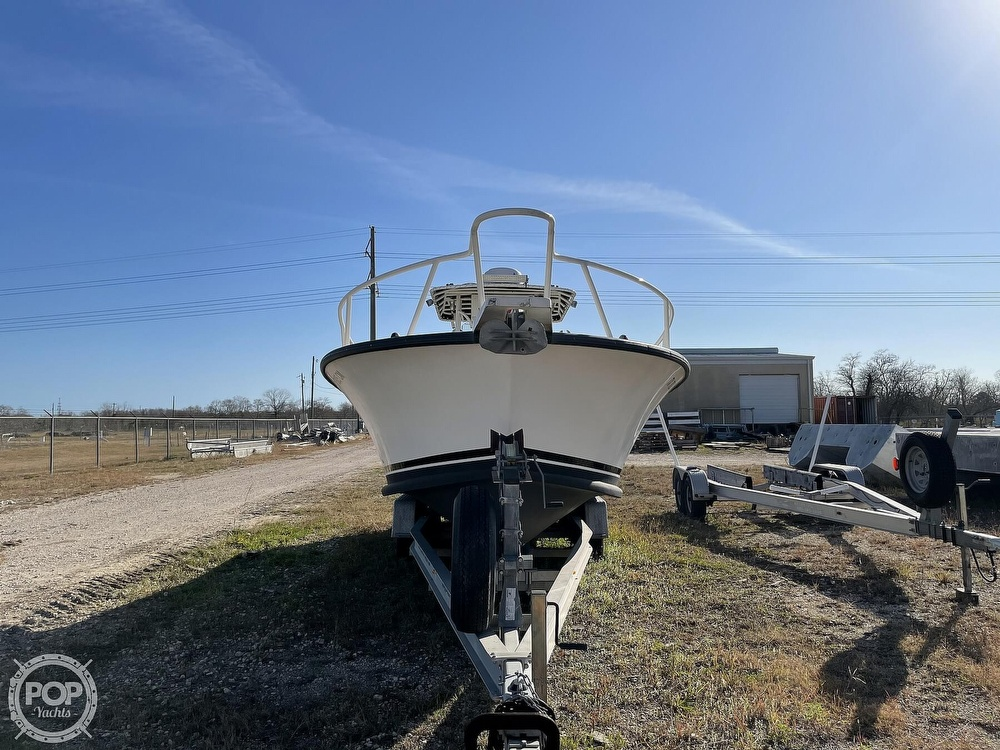 2003 Newton boat for sale, model of the boat is 28 CC & Image # 15 of 40