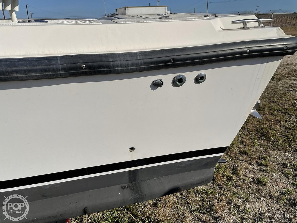 2003 Newton boat for sale, model of the boat is 28 CC & Image # 22 of 40