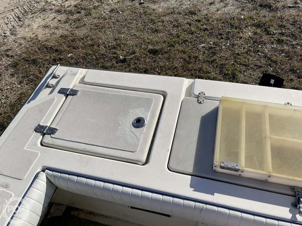 2003 Newton boat for sale, model of the boat is 28 CC & Image # 25 of 40