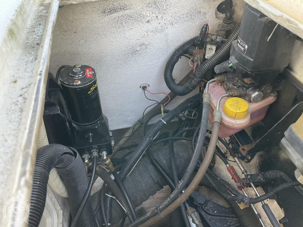 2003 Newton boat for sale, model of the boat is 28 CC & Image # 30 of 40
