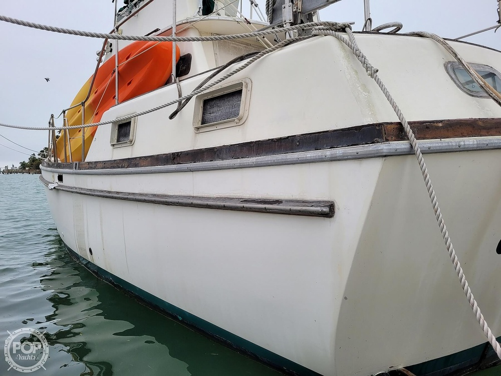 1974 Gulfstar boat for sale, model of the boat is 36 Mark II & Image # 10 of 40