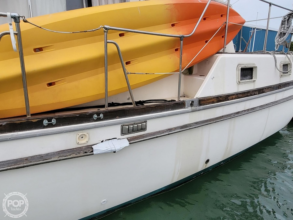 1974 Gulfstar boat for sale, model of the boat is 36 Mark II & Image # 16 of 40