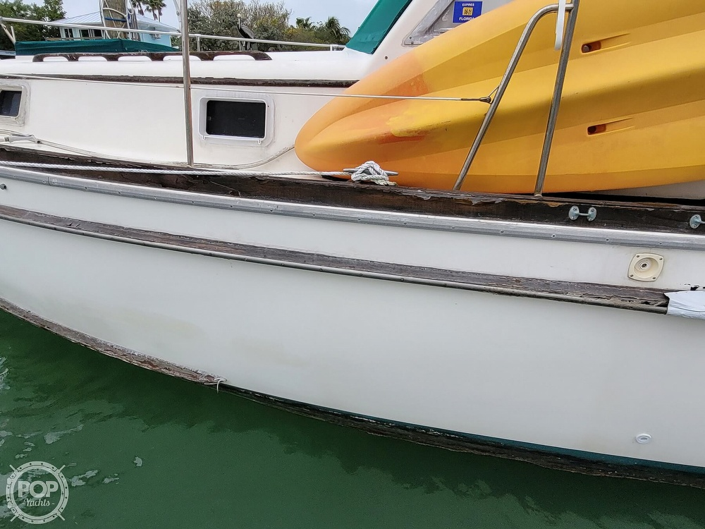 1974 Gulfstar boat for sale, model of the boat is 36 Mark II & Image # 17 of 40