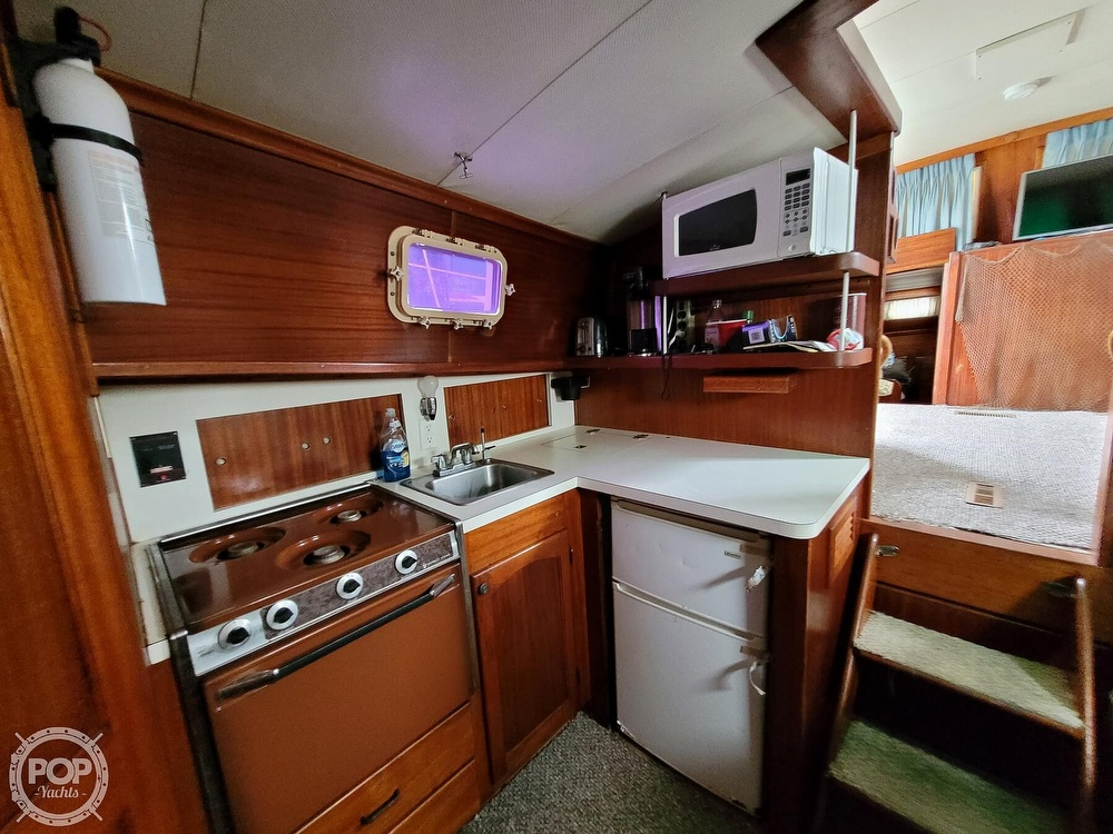 1974 Gulfstar boat for sale, model of the boat is 36 Mark II & Image # 5 of 40