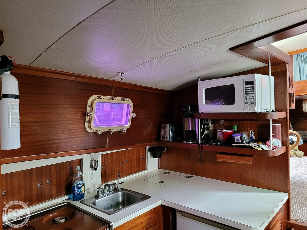 1974 Gulfstar boat for sale, model of the boat is 36 Mark II & Image # 23 of 40