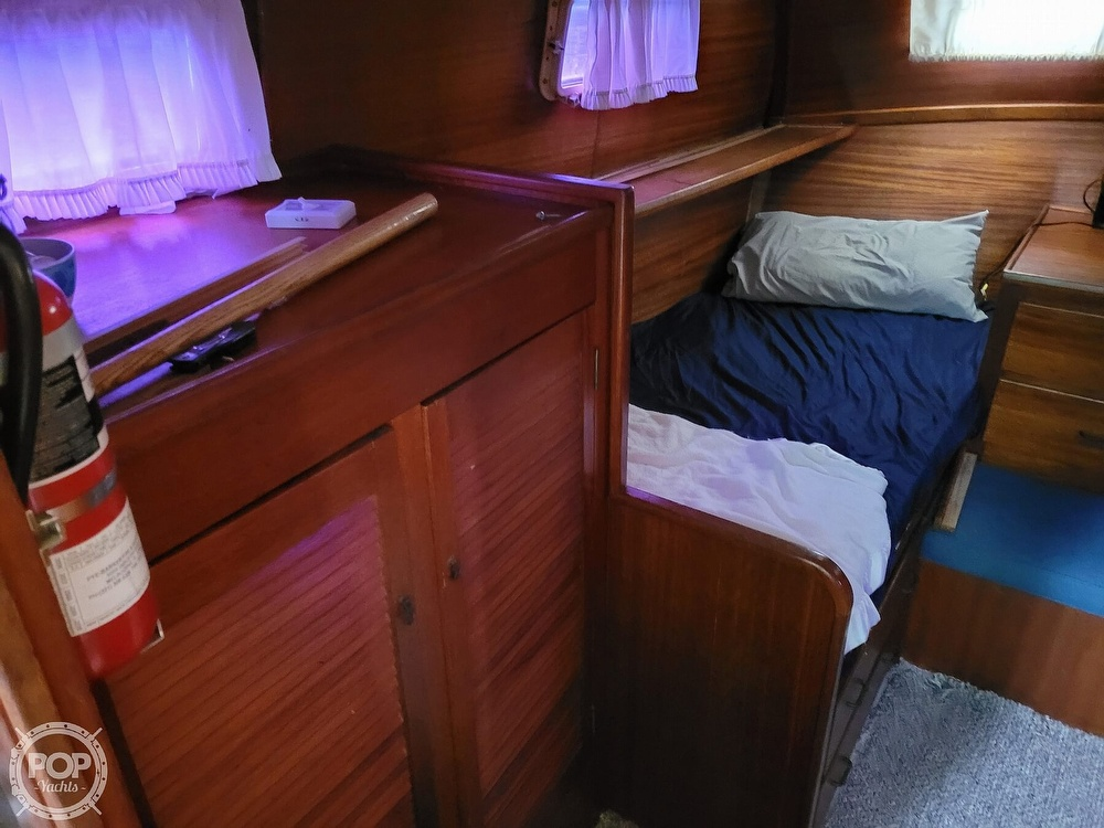 1974 Gulfstar boat for sale, model of the boat is 36 Mark II & Image # 27 of 40