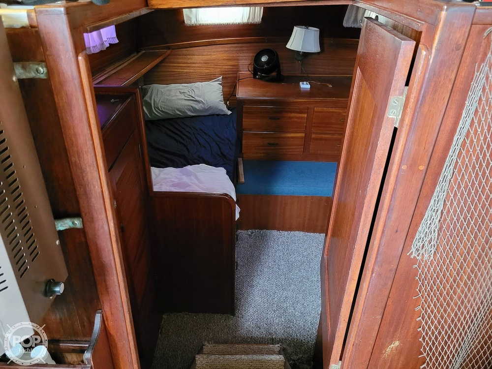1974 Gulfstar boat for sale, model of the boat is 36 Mark II & Image # 28 of 40