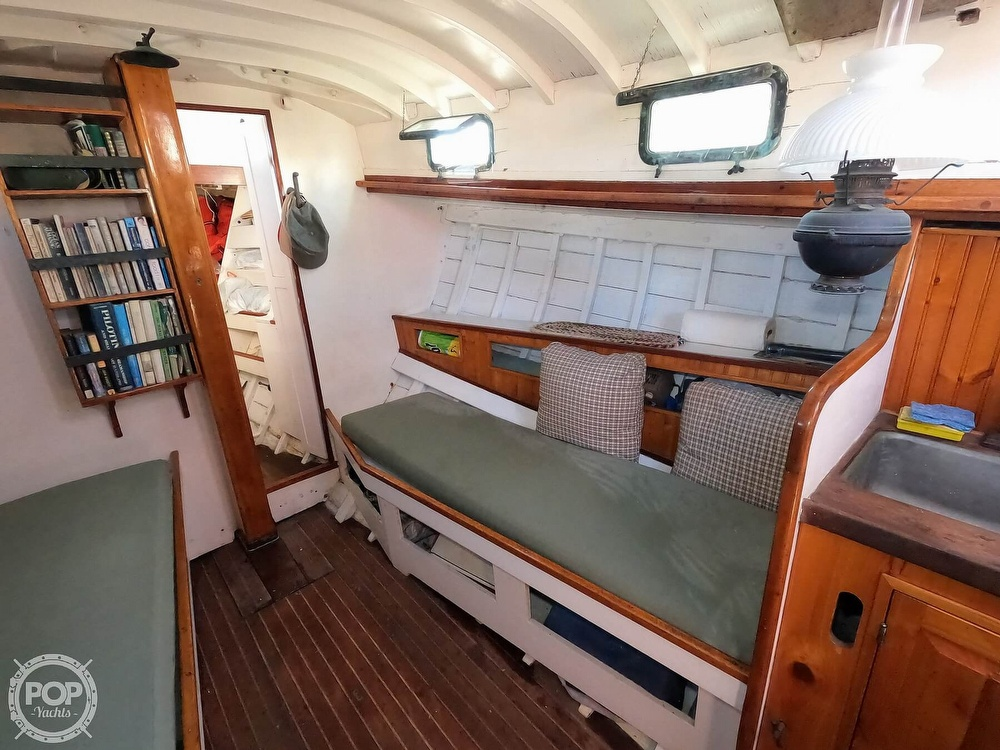 1947 Paul Luke boat for sale, model of the boat is Friendship 32 & Image # 22 of 40