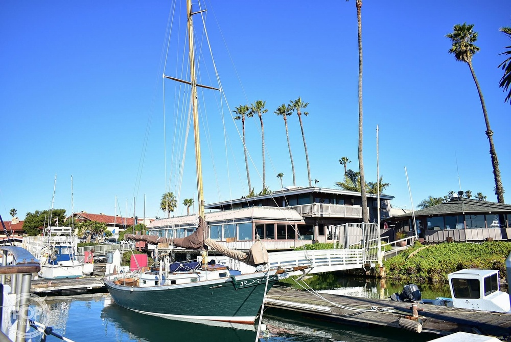 1947 Paul Luke boat for sale, model of the boat is Friendship 32 & Image # 32 of 40