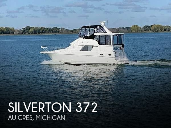 Used Boats For Sale in Saginaw, Michigan by owner | 1997 Silverton 372