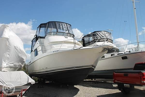 1997 Silverton boat for sale, model of the boat is 372 & Image # 2 of 40