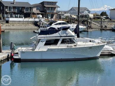 Tollycraft 34 Convertible Sedan, 34, for sale - $50,000