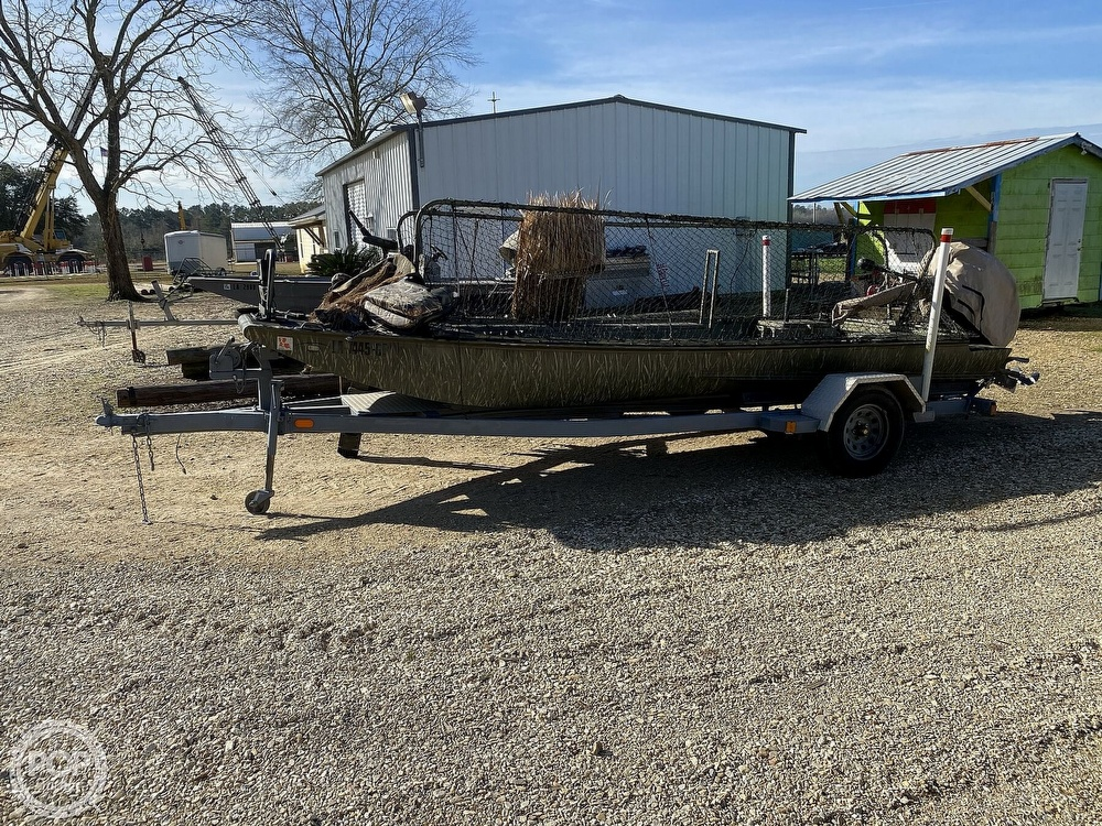 2016 Kliebert boat for sale, model of the boat is 18.8 With Hunt Deck x 48 Bottom & Image # 7 of 40