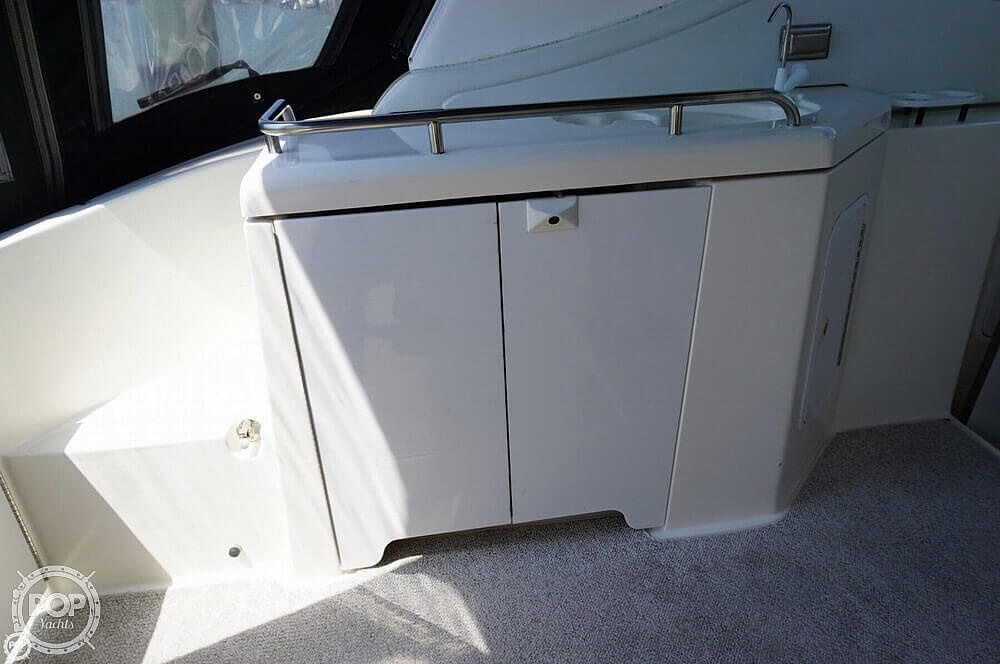 2003 Cruisers Yachts boat for sale, model of the boat is 3772 Express & Image # 28 of 40